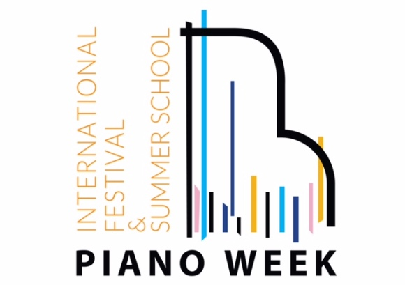 I'm delighted to be joining the PIANO WEEK facuty in 2018, working in China and the UK with an inspiring group of talented pianists and teachers.