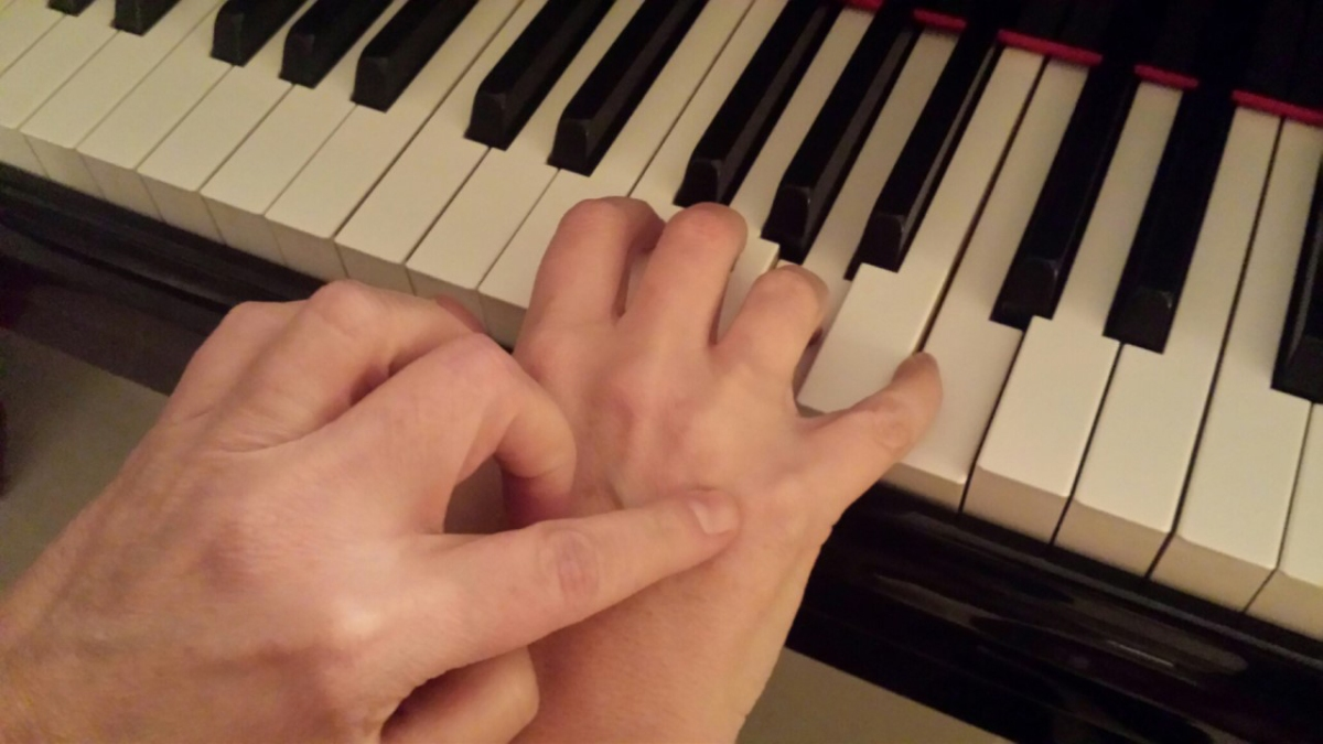 Hand Flexibility: Piano Professional Article